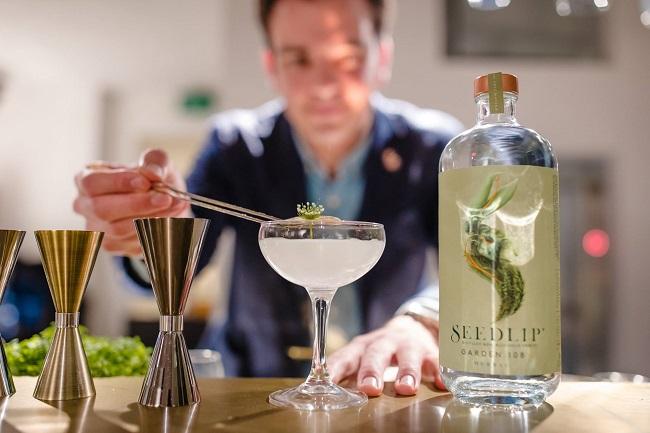 Wine Blend - Sommelier - Bartender - Hannes Desmedt - Brand activation