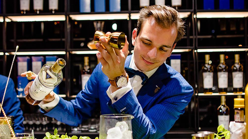 Wine Blend - Sommelier - Bartender - Hannes Desmedt